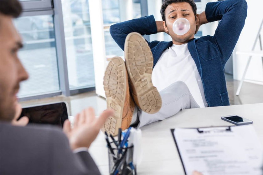 Especialista dá dicas de como se comportar numa entrevista de emprego