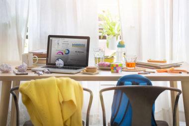 Foto de um espaço de trabalho em casa
